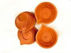 Plain Diyas 16 Piece Set